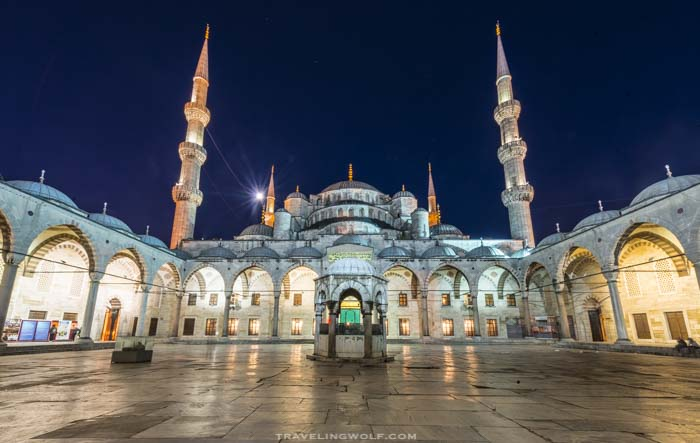 blue-mosque-night-istanbul-turkey