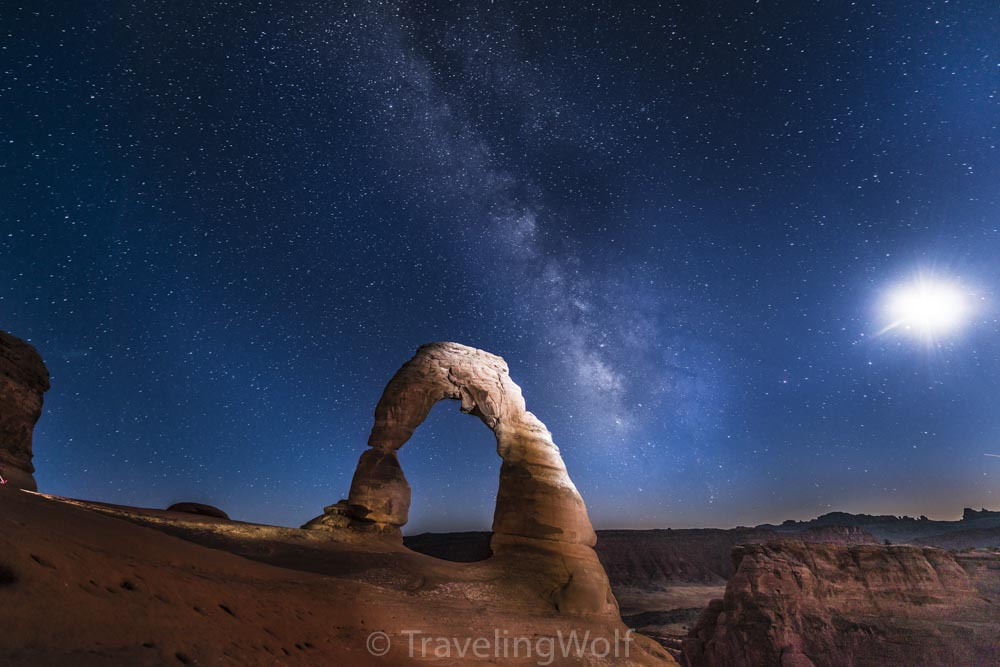 delicate-arch-milky-way-usa