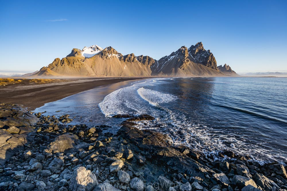 stokksnes-mountains-iceland