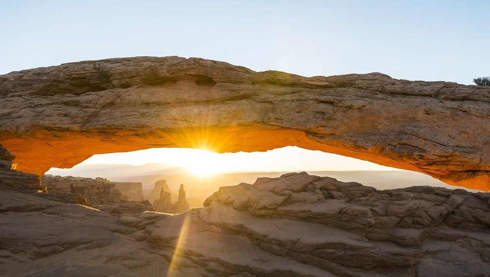 mesa arch sunrise canyonlands national park